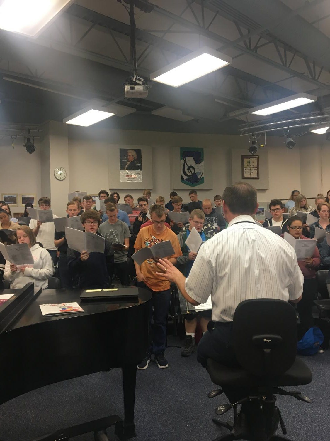 Marc Taylor directs the Tenor/Bass Choir from 2017.